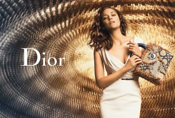 Marion-Cotillard-Peter-Lindbergh-Lady-Dior-Handbags-02